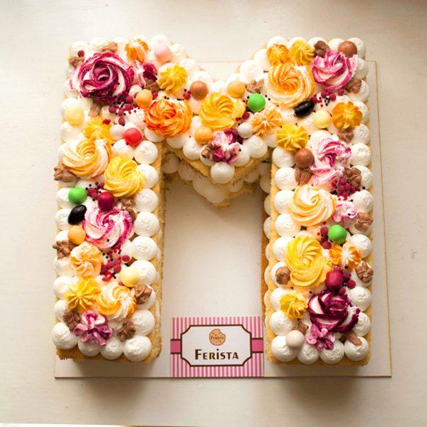 کیک حرف ام انگلیسی