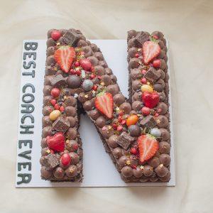 کیک تولد حرف N