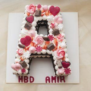 کیک تولد حرف A