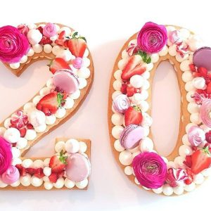 سفارش کیک و بیسکوکیک عدد 20