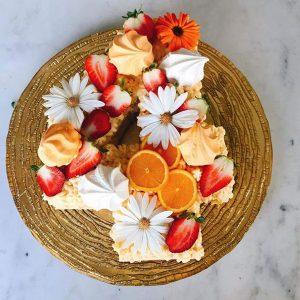 کیک و بیسکوکیک عدد 4 میوه ای