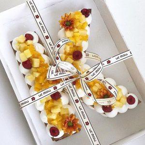 0 F 67 300x300 - کیک و بیسکوکیک حرف K خامه ای