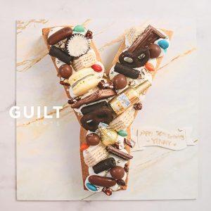 guiltdesserts 149 300x300 - بیسکوکیک  حرف Y تم کاکائویی