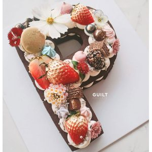 guiltdesserts 15 300x300 - بیسکوکیک  حرف P شکلاتی تم رنگی