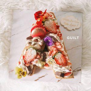 guiltdesserts 201 300x300 - بیسکوکیک  حرف A رنگ لوکس
