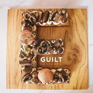 guiltdesserts 221 300x300 - بیسکوکیک  حرف E کاکائویی