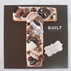 guiltdesserts 93 300x300 - بیسکوکیک  حرف T تم شکلاتی