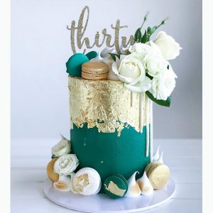 deliciousbysara 109 300x300 - سفارش کیک تولد لوکس گل تم طلایی سبز