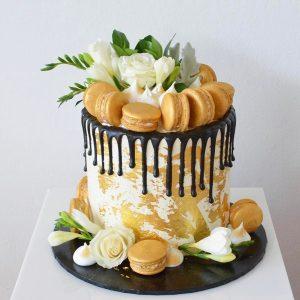 سفارش کیک تم تولد ماکارون وگل