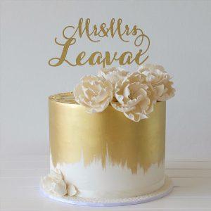 deliciousbysara 31 300x300 - سفارش کیک تولد خامه ای سفید طلایی