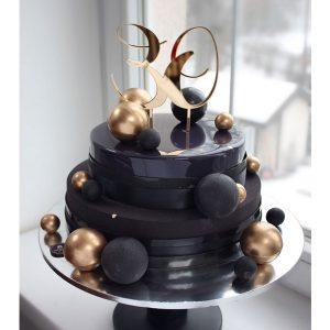 nivskaya 19 300x300 - سفارش کیک دو طبقه تم مشکی مسی
