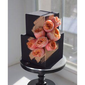 nivskaya 24 300x300 - سفارش کیک دو طبقه مکعب تم گل