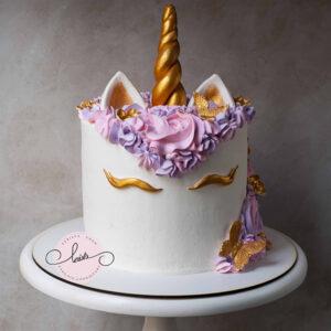 DSvffffdC0006 copy 300x300 - کیک یونیکورن اسب تک شاخ خامه ای دخترونه شیک